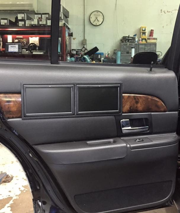 Grand Marquis Back Door TV's